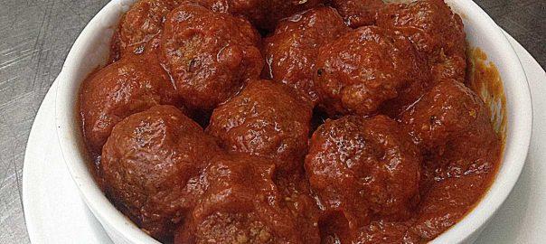 Albondigas de Bacalao con Tomate al Px del Restaurante en Cordoba Sociedad Plateros Maria Auxiliadora
