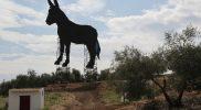escultura_burro_gigantesco_ayer_Carpio_Cordoba