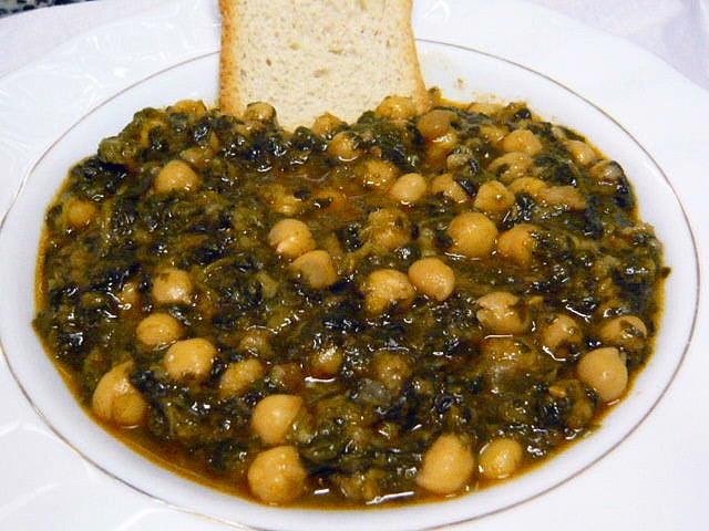 Receta de garbanzos con espinacas y bacalao - Garbanzos espinacas bacalao ...