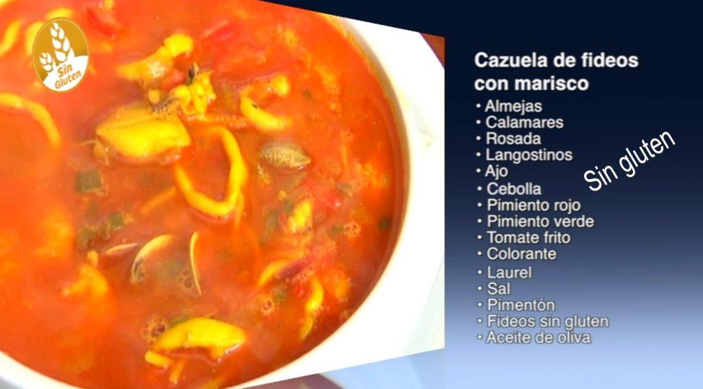 Cazuela de fideos con marisco sin gluten y sin lactosa (con vídeo)